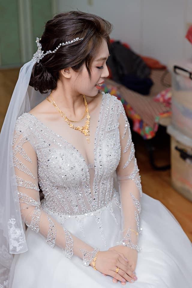 白紗造型:優雅氣質